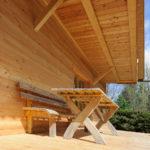 Haus - Garten - Holzbank